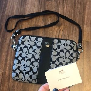 Coach Case Amazing Condition Crossbody Black